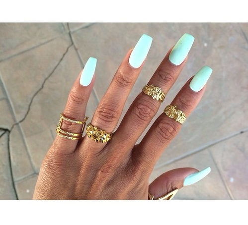 Dope Nails of the Day: Pastels & Midi Rings