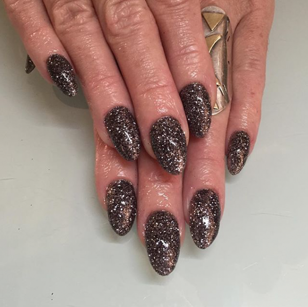 Dope Nails of The Day- Chocolate Sparkle